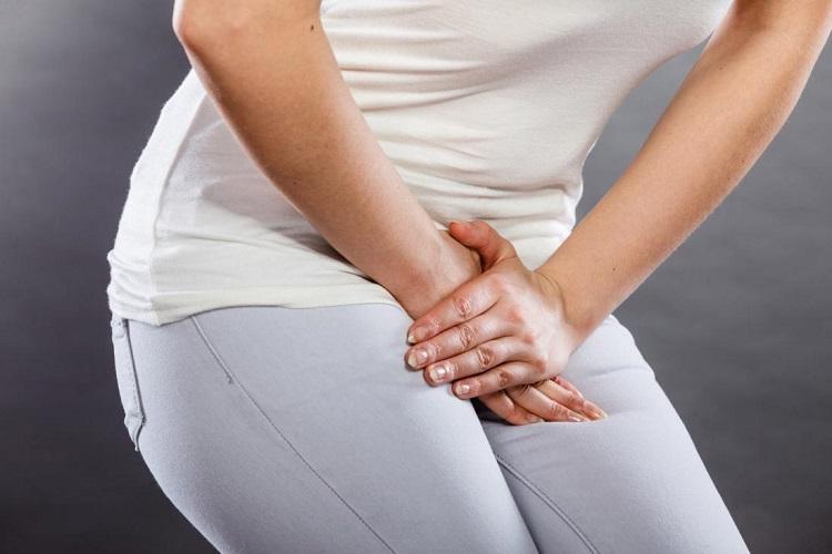 علائم عفونت واژن در زنان به همراه درمانهای دارویی و طبیعی