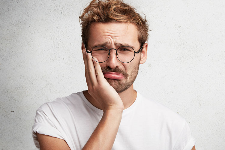 Causes of toothache and recommendations to prevent it