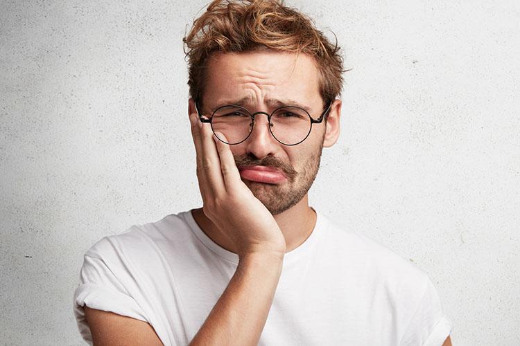 علل دندان درد و توصیههایی برای جلوگیری از آن