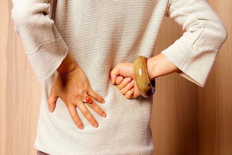 علائم وجود سنگ کلیه و روشهای درمان آن