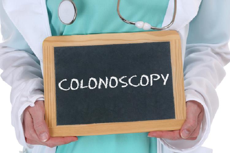 کولونوسکوپی  چیست و چگونه انجام میشود؟
