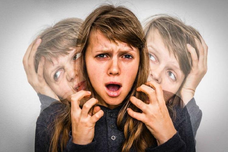 بیماری اسکیزوفرنی Schizophrenia، علائم و راههای درمان آن