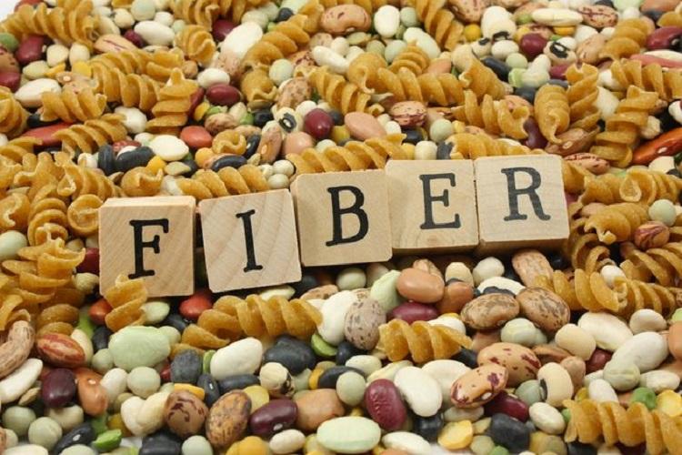 آیا غذاهای پر فیبر در جلوگیری از سرطان نقشدارند؟