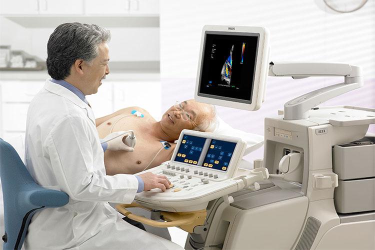 دستگاه اکوکاردیوگرام چیست و چه نوع از بیماریهای قلبی را تشخیص میدهد؟