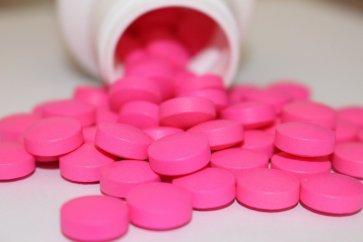 همه چیز درباره قرص ایبوپروفن، اثرات و موارد منع مصرف