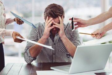 با تست استرس شغلی Osipow یکی از معروفترین آزمونهای روانشناسی بیشتر آشنا شوید
