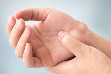 معرفی و نحوه درمان خانگی کیست گانگلیون دست