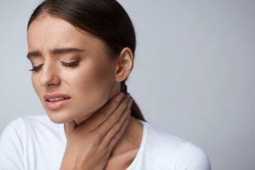 همه چیز درباره گلودرد sore throat، انواع گلودرد و درمانهای پزشکی و گیاهی