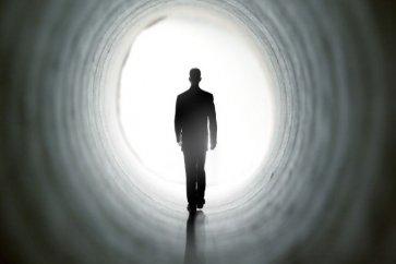 نگاهی علمی به تجربههای نزدیک به مرگ