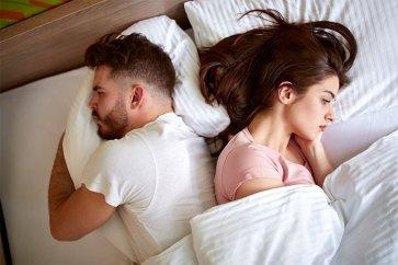 چگونه با همسرمان دربارهی مشکلات جنسی صحبت کنیم؟