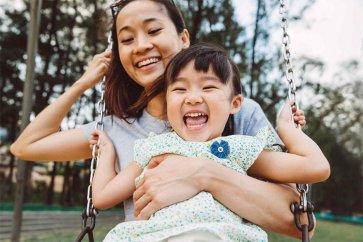 چگونه شادی را در زندگیمان بیاییم